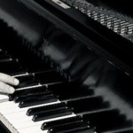 piano b& w ghinde long